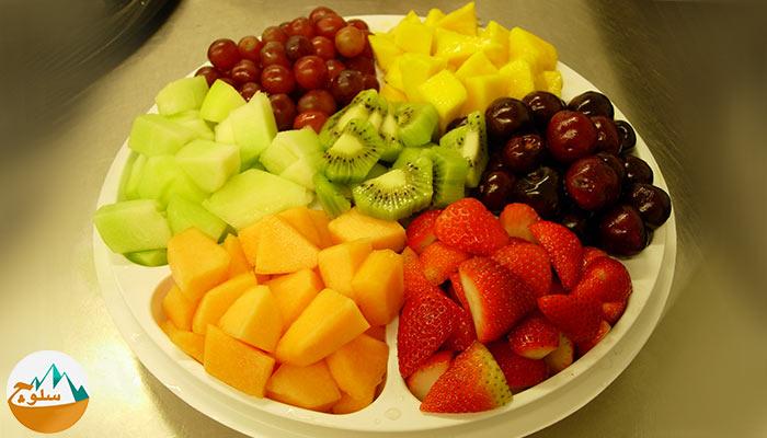 میوه خواری و کوهنوردی