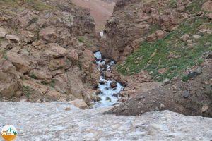 راهنمای صعود به هیمالیای ایران علم کوه
