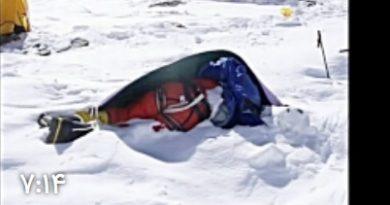 تصاویر دردناک از اجساد کوهنوردان در مسیر صعود به اورست