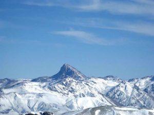 قله آزادکوه 4355 متر را بهتر بشناسیم