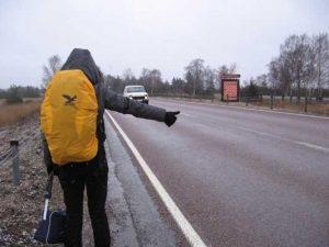 اصول hitchhiking یا مسافرت مجانی