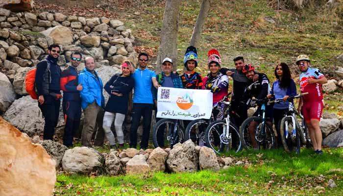 گزارش بازدید تور سلوچ به چشمه چنار و دریاچه مهارلو +گزارش ویدیویی