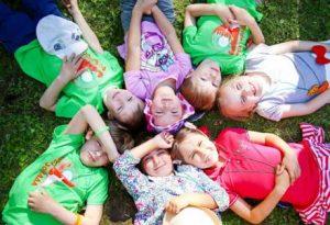 طبیعت گردی با کودکان
