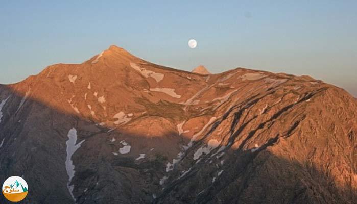 قله حوض دال 4350 متر را بهتر بشناسیم